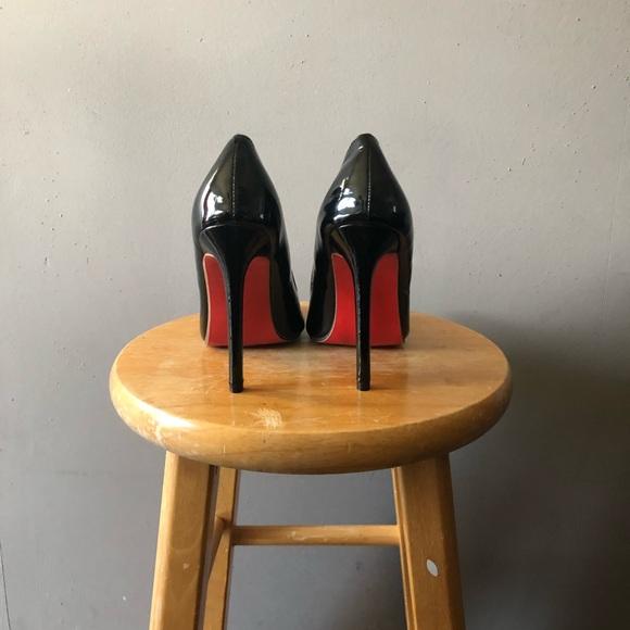 black louis vuitton heels red bottom
